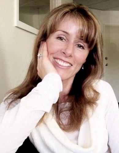 Suzanne Tapper, Natural fertility specialist.